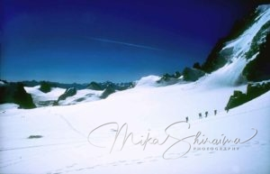 Mountain in the Alps -photo by Mika Shiraiwa