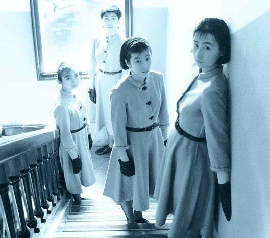 eve'89 dancers -photo by Mika Shiraiwa